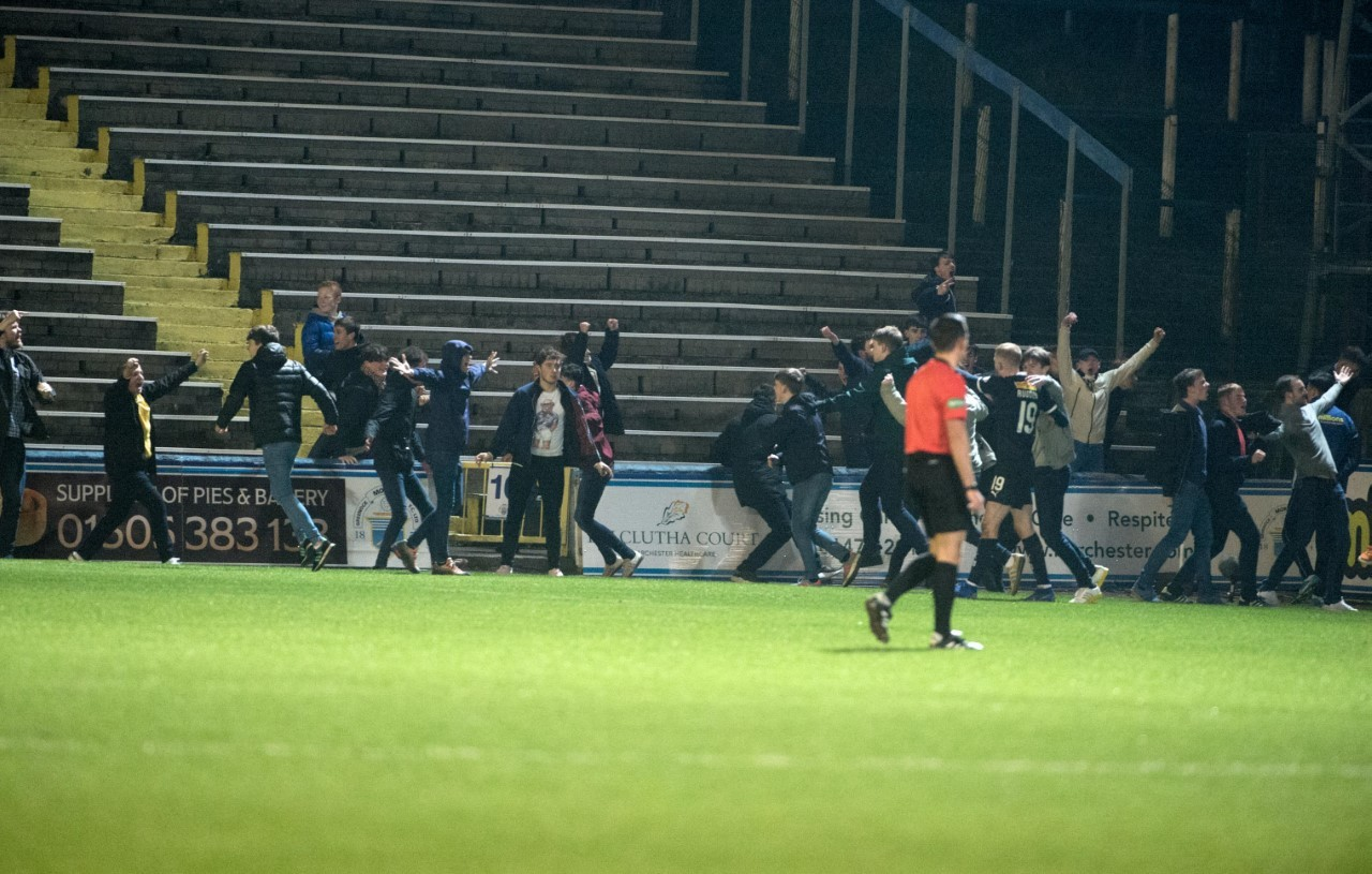 Falkirk yob who invaded pitch at Cappielow barred from all football matches