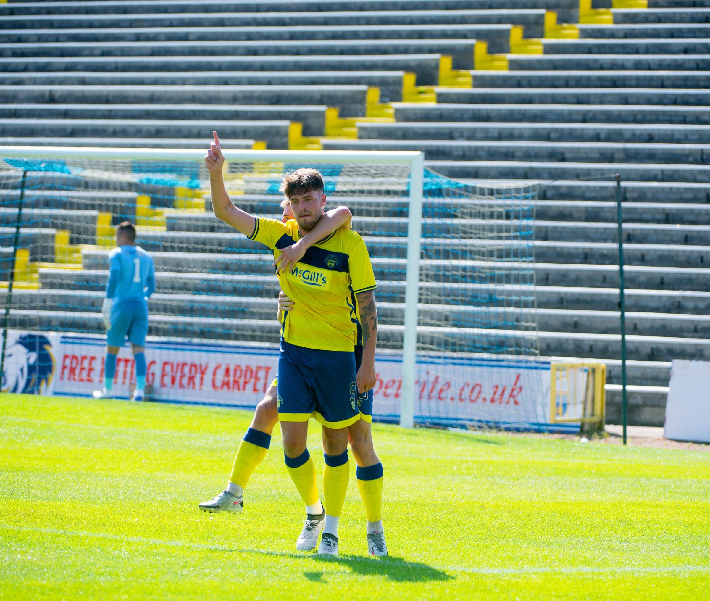 Morton skipper Kyle Jacobs backs striker Robbie Muirhead to shine this season