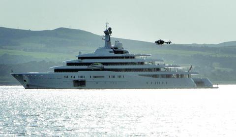 Billionaire Roman Abramovich S Goodbye To Greenock Greenock Telegraph