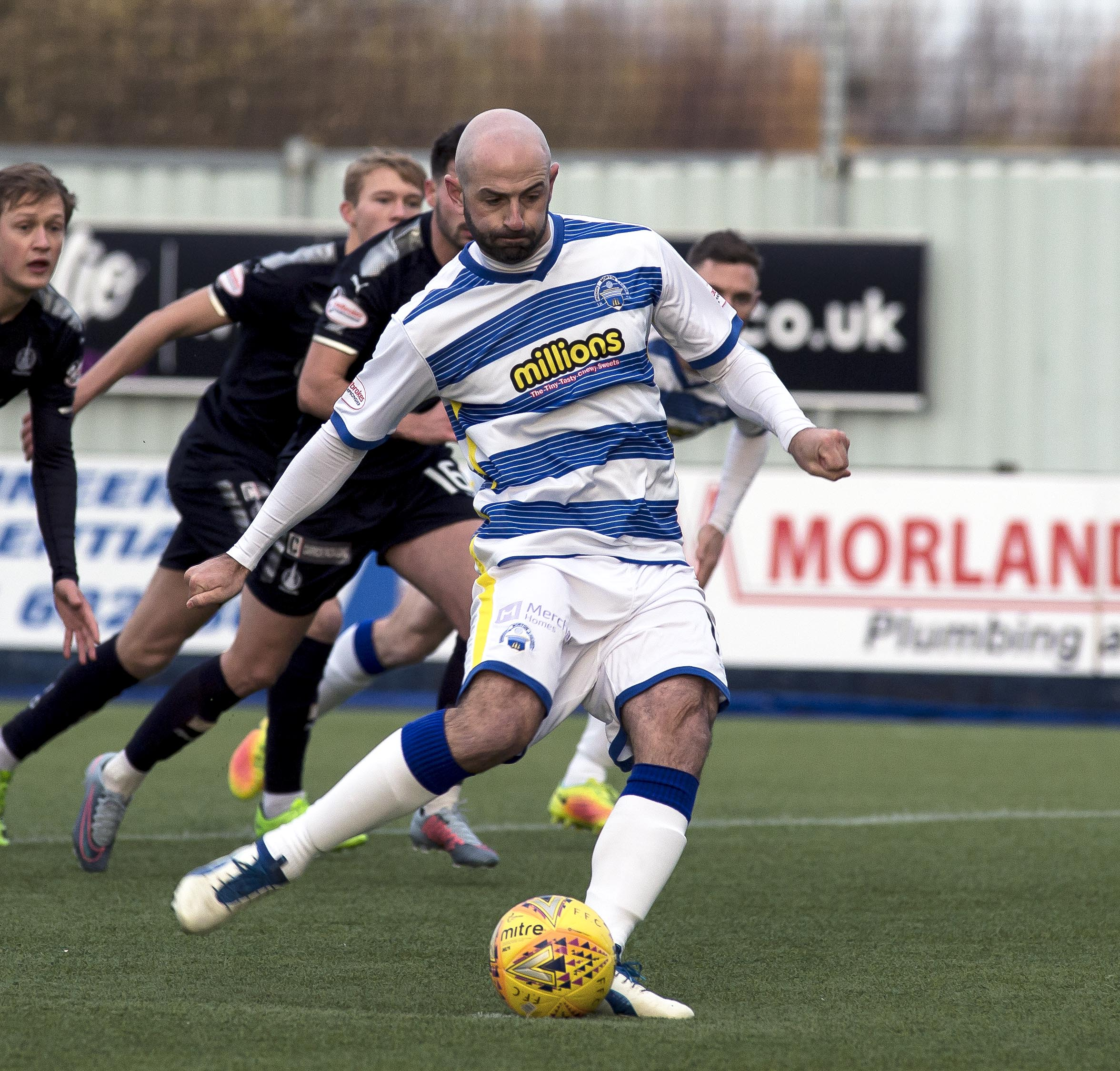 Morton midfielder Harkins happy with penalty duties