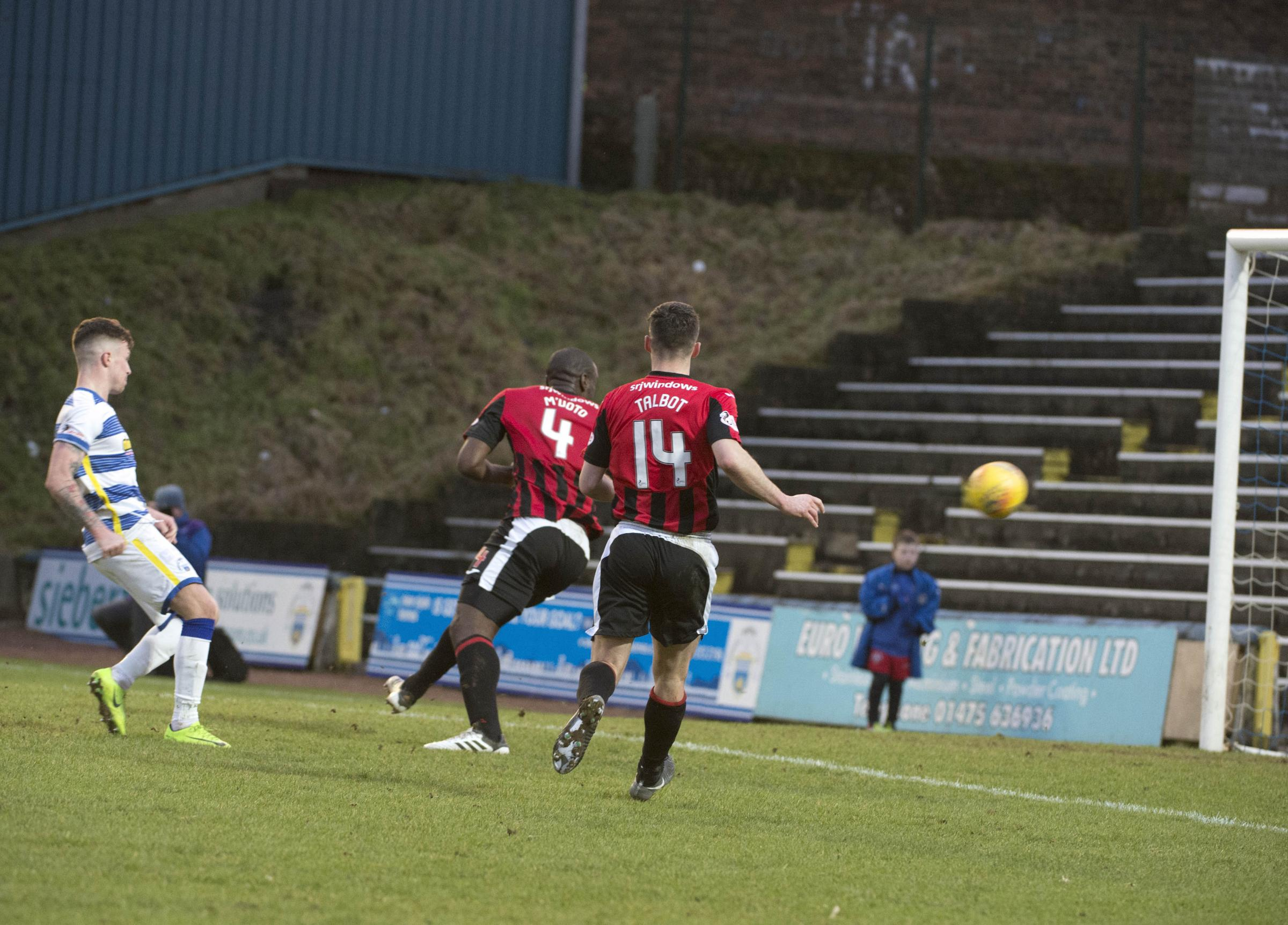 Morton striker Oliver targets more goals after late strike sinks Dunfermline