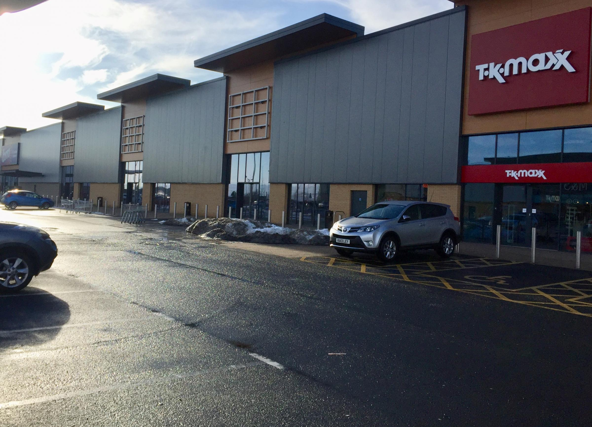 Frozen food outlet to bring 30 jobs to Port retail park